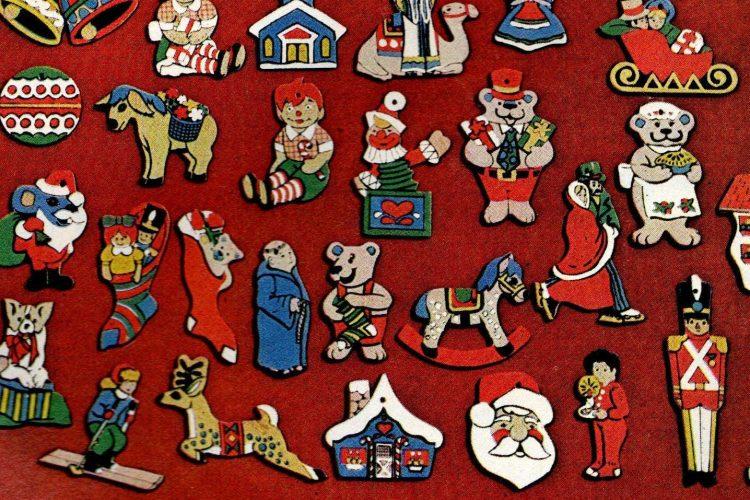 Christmas Ornament Sets.Vintage Wooden Christmas Ornament Sets That You Could Paint