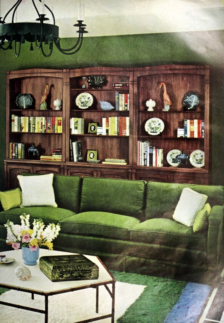 Living room vintage decor