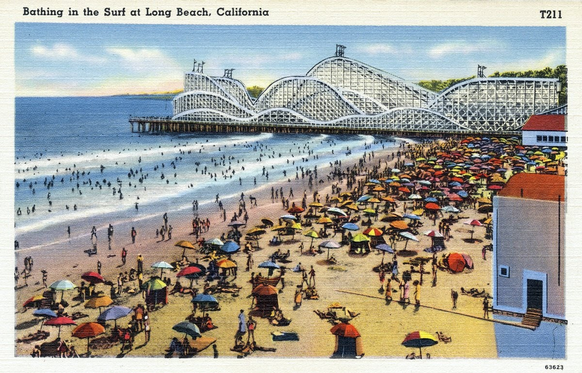 Long Beach with roller coaster - Vintage postcard from 1930s-1940s