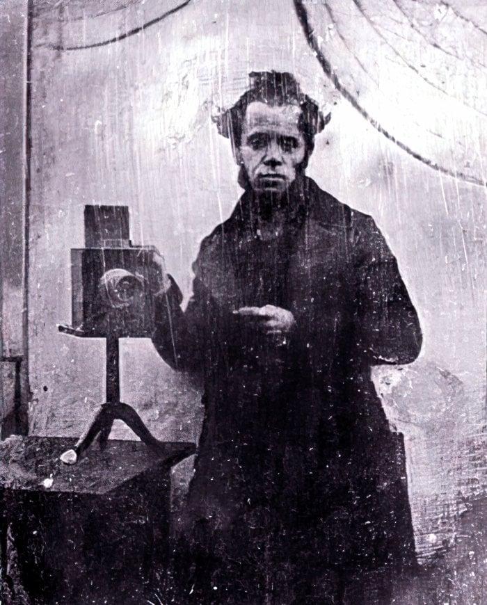 M V Lobethal daguerreotype selfie (1846) at ClickAmericana com