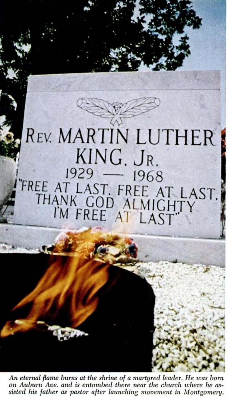 MLK Jr grave