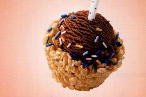 Make Rice Krispie birthday ice cream cups! 1997 (2)