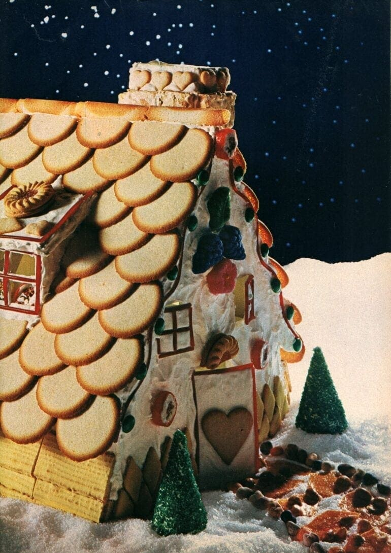 Make a cookie Gingerbread house for Christmas (2)
