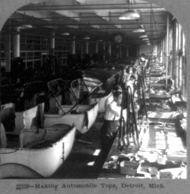 Making automobile tops, Detroit, Mich.
