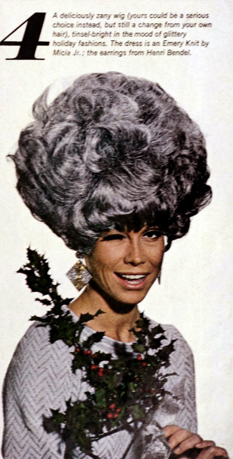 Mary Tyler Moore models the era's hottest wigs 1966 (6)