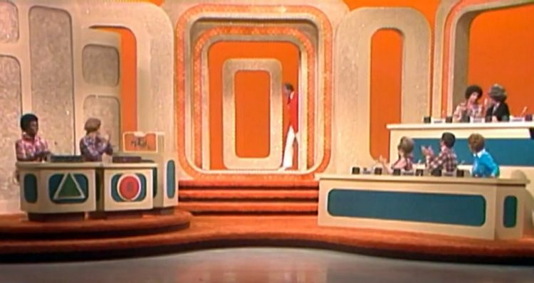 Match Game 76 - 70s TV game show (1)