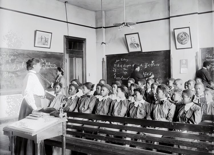Mathematics class at Tuskegee Institute, 1906