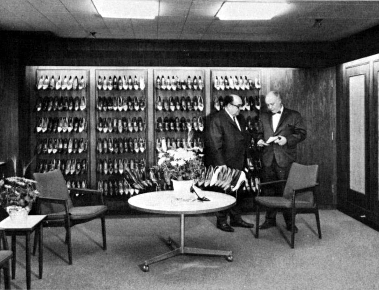 Men's shoe store in 1964
