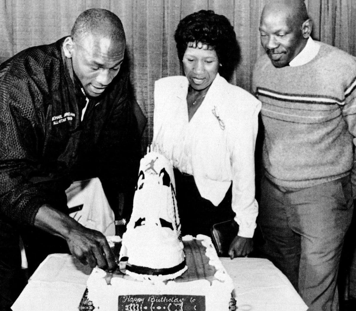 Michael Jordan Nike Air shoe cake Jet Mar 13, 1989