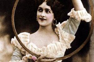 Miss Lina Cavalieri circus