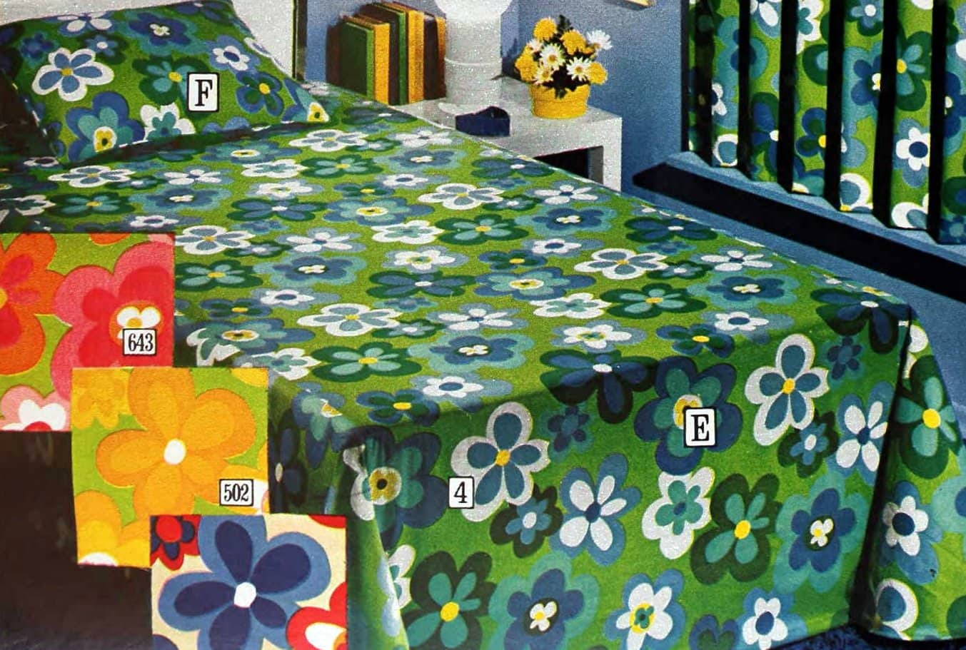 Mod floral retro seventies bedspreads - Green red yellow blue