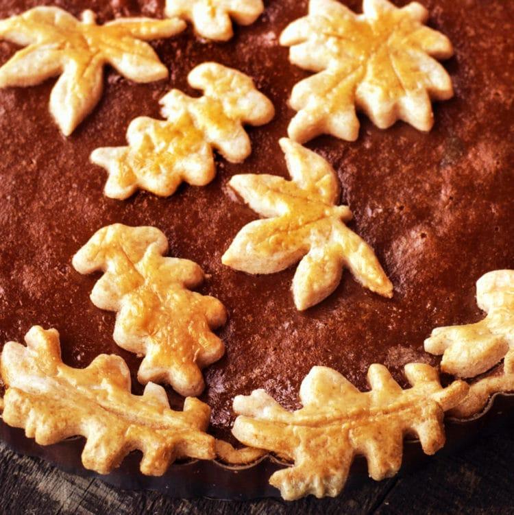Molasses pumpkin pie - leaf crust cut-outs
