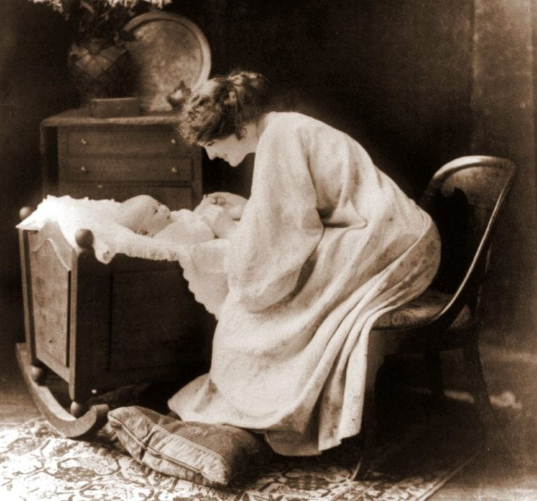 Mother and baby 1911