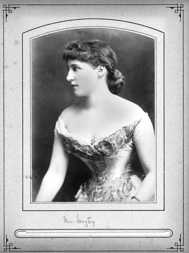 Mrs Langtry - Portrait with off-the-shoulder dress