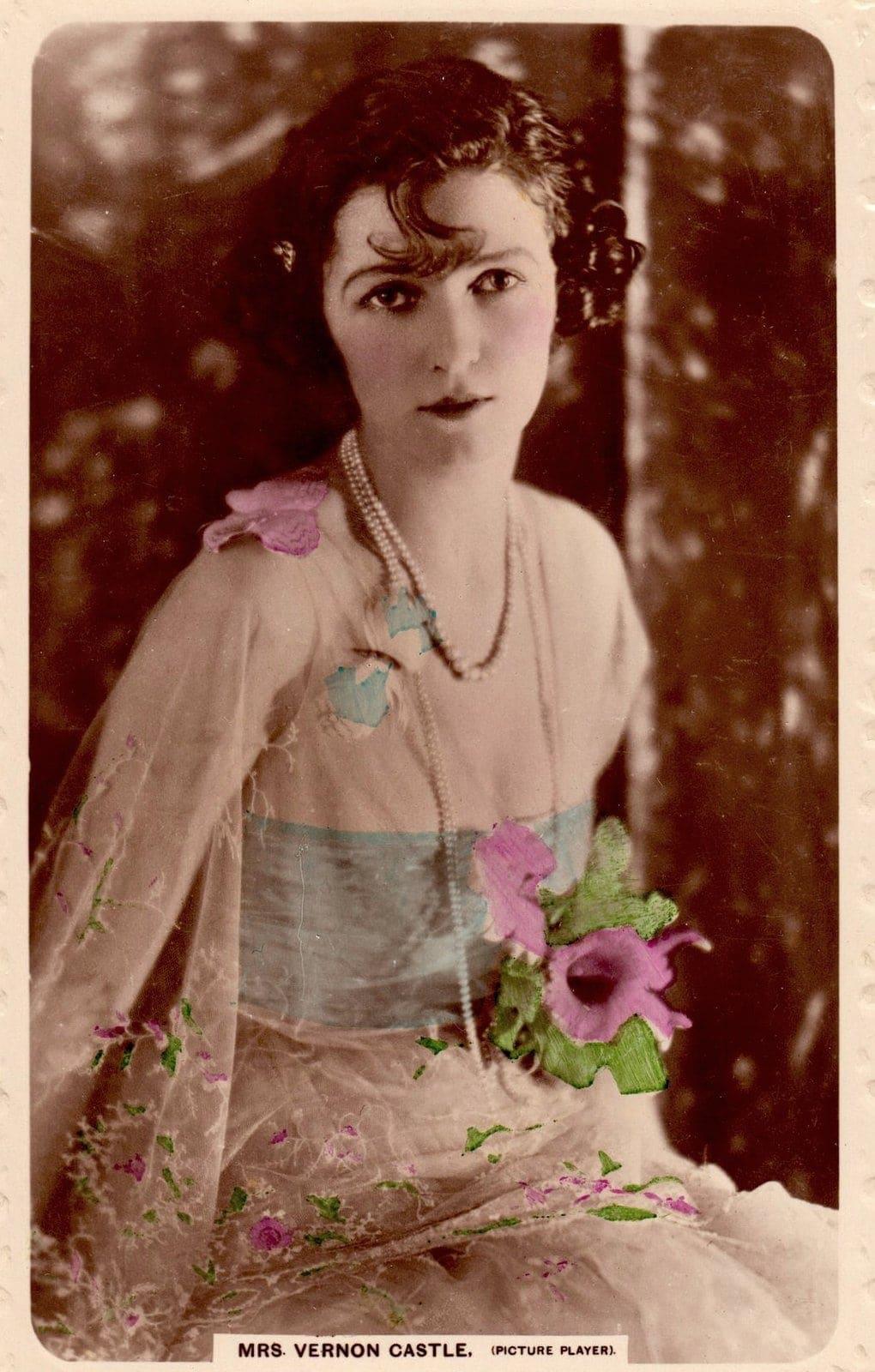 Mrs Vernon Castle - Irene Castle - Bobbed hairstyle c1917