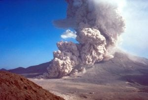 Pyroclastic flow during August 7, 1980, Mount St. Helens eruption