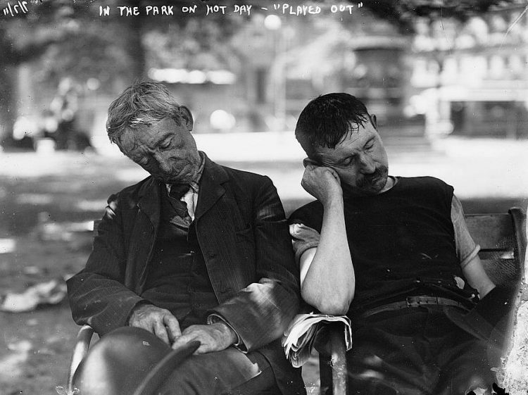 New York heat wave - In the park on a hot day - 1911 heat wave