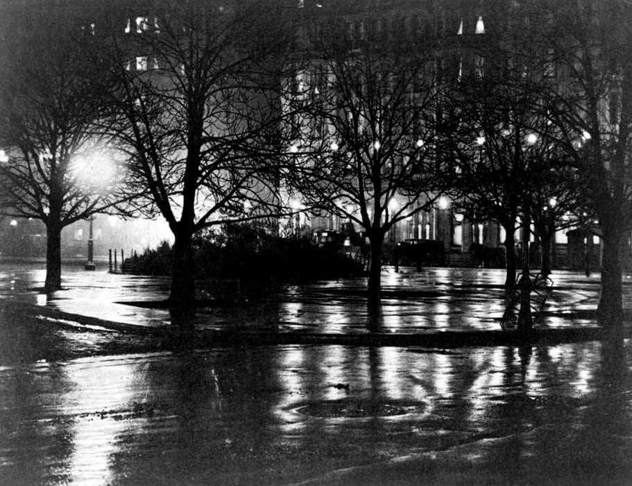 Night reflections in old New York City (1897)