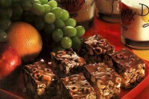 No-bake chocolate-butterscotch candy bar cookies (1980)