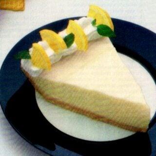 No-bake sour cream lemon pie (1982)