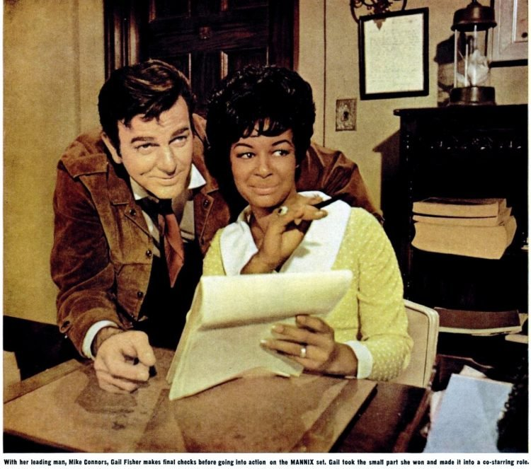 Oct 1969 Mannix - Gail Fisher and Mike Connors