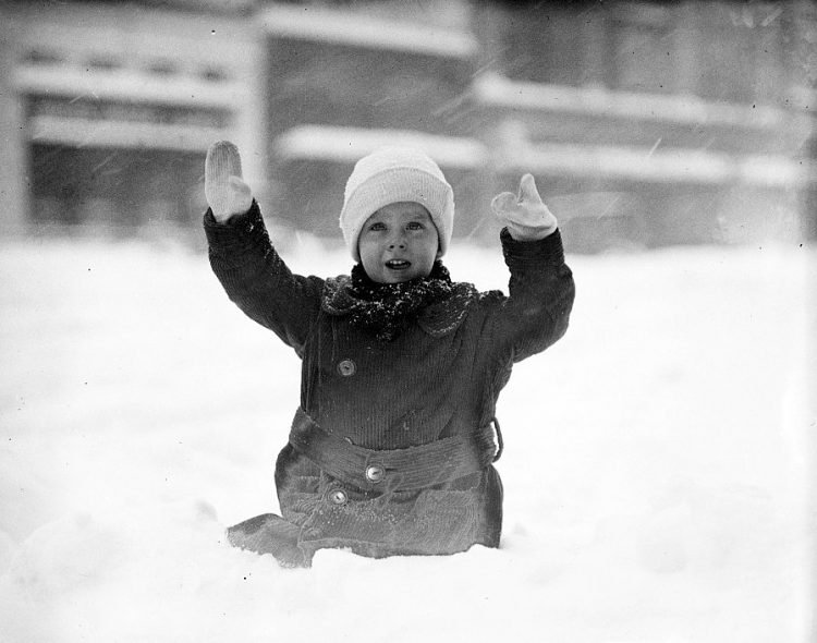 Old 20s snowstorm in Washington DC 1922 (1)