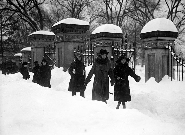 Old 20s snowstorm in Washington DC 1922 (3)
