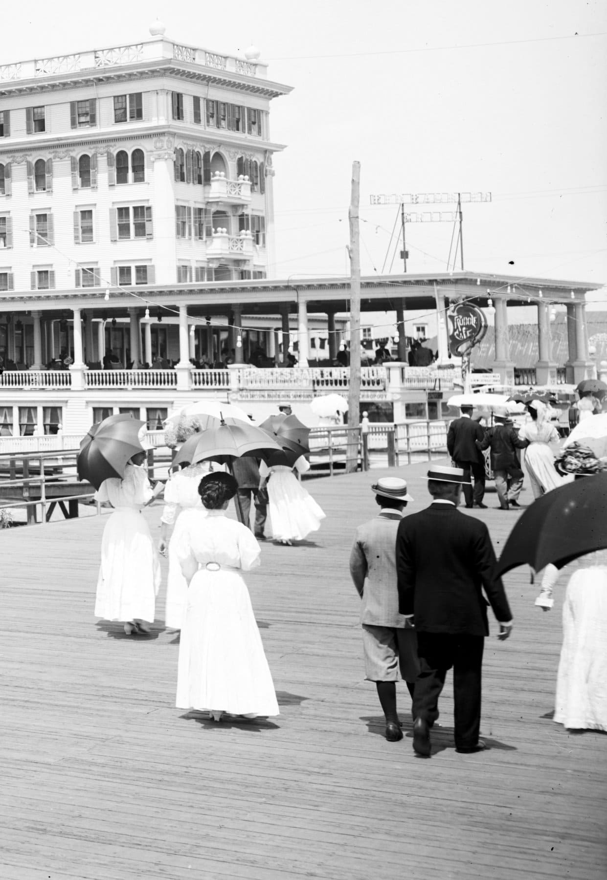 Old Atlantic City at the turn of the century (2)