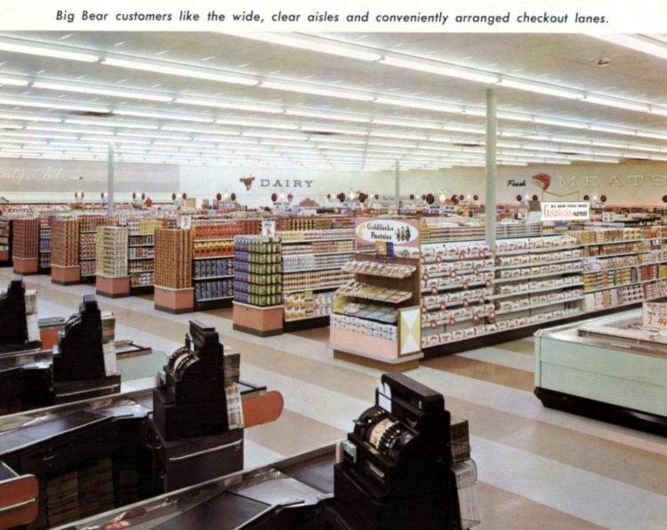 Old Big Bear vintage supermarket in 1961