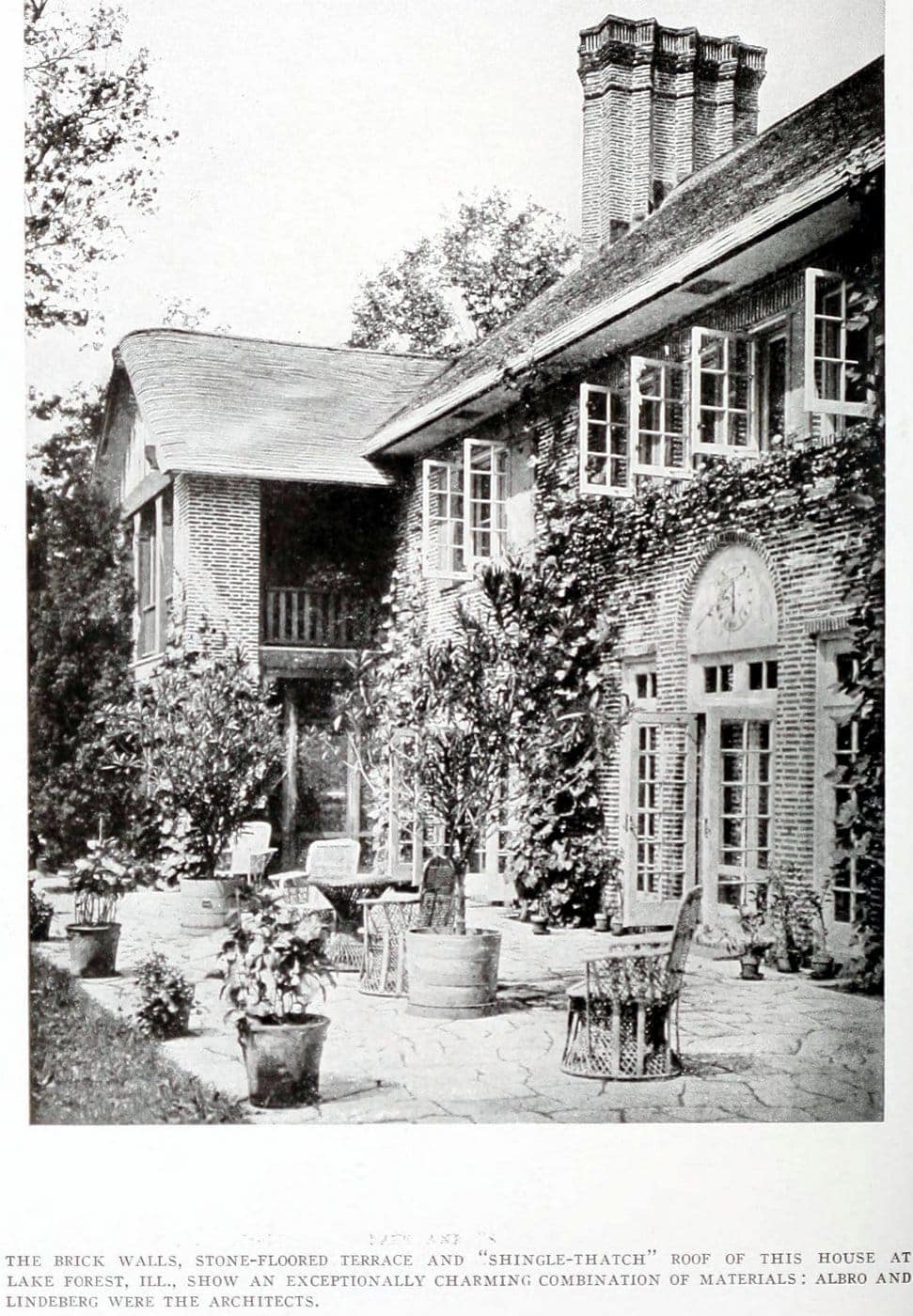 Old Craftsman-style home (4)