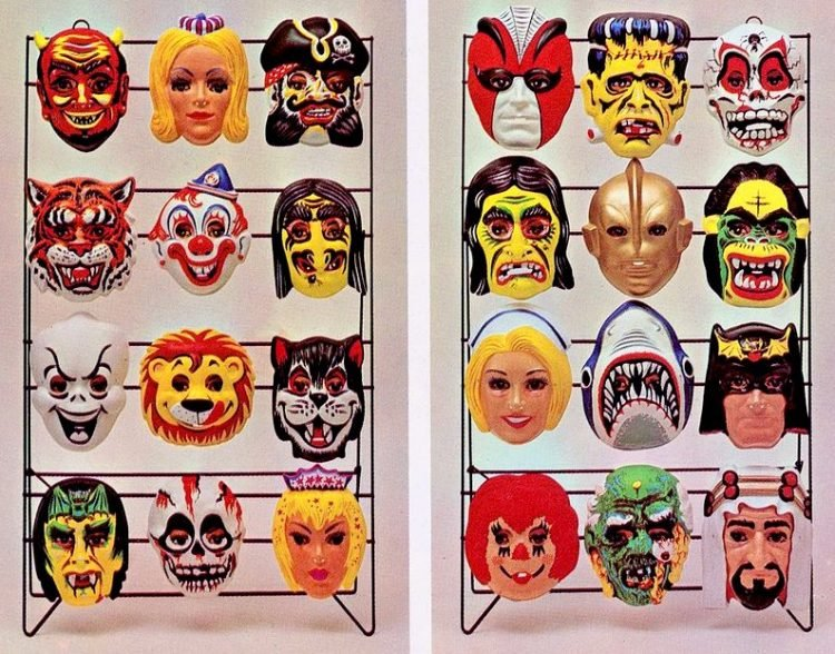 Old Halloween masks you could buy in the sixties and seventies (2)