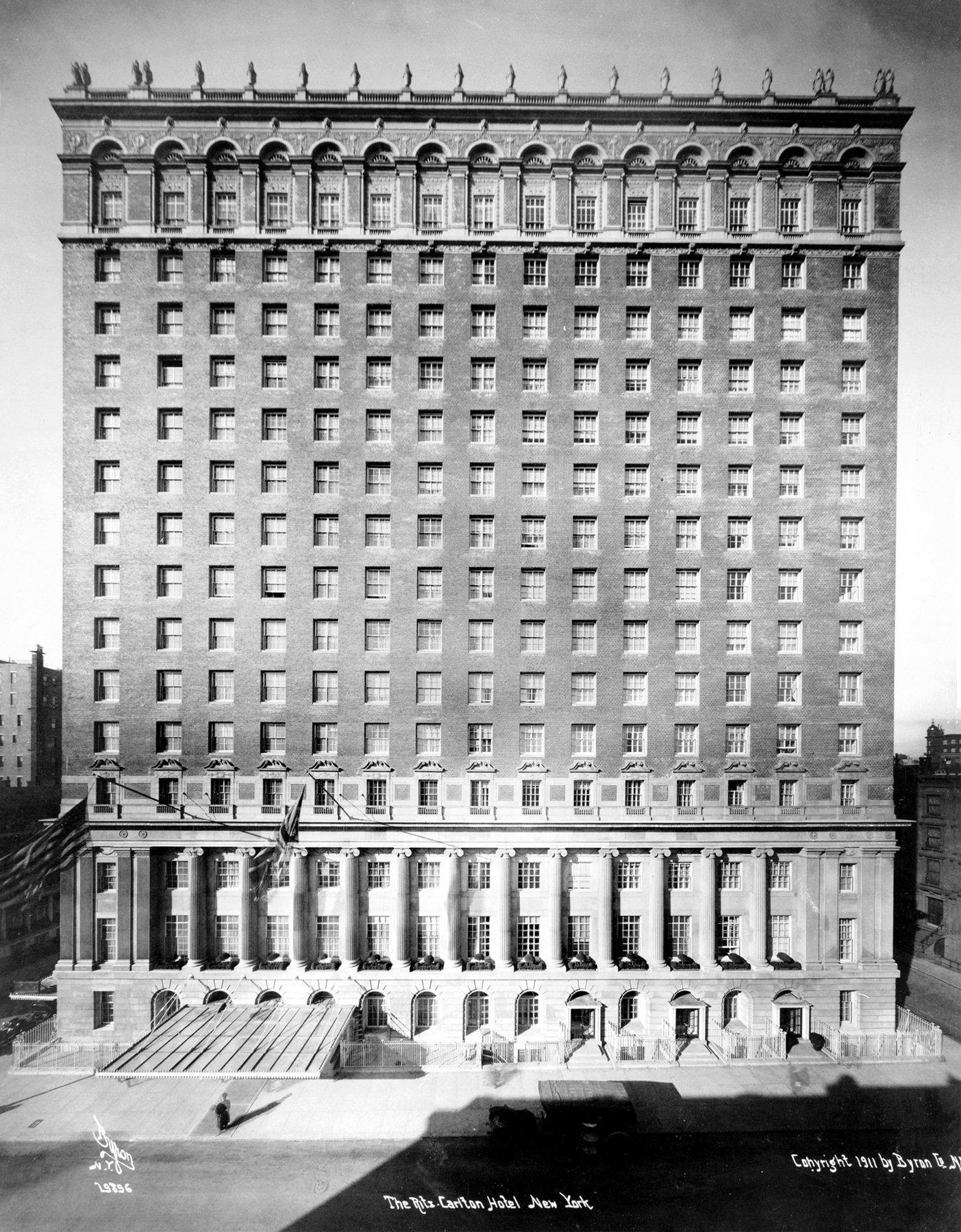 Old Ritz-Carlton Hotel building exterior (1911) - ClickAmericana com