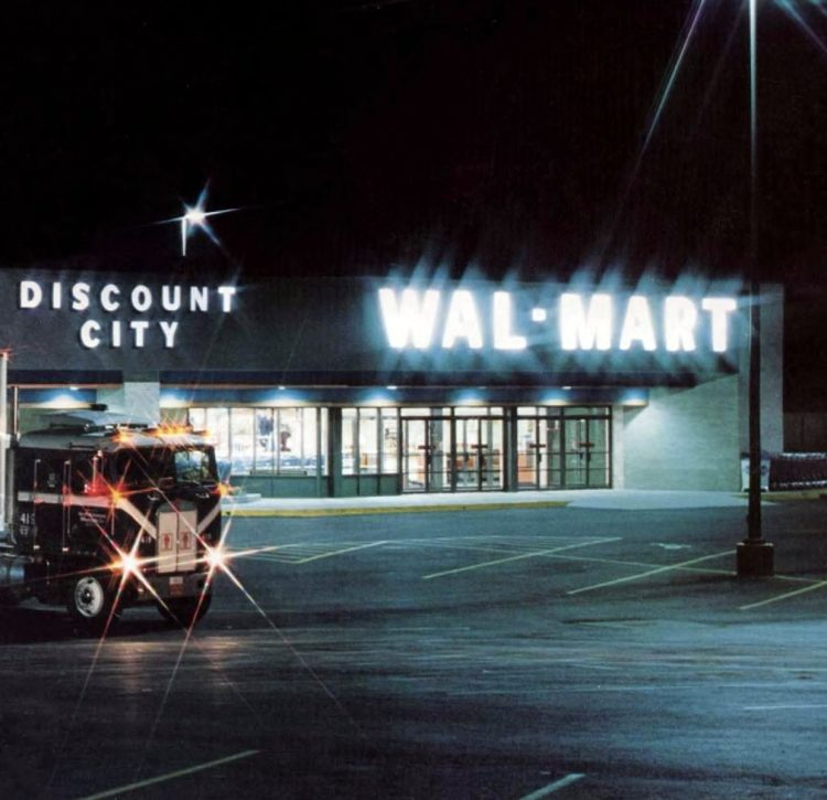 Old Wal-Mart stores in the 80s - 1982 (2)