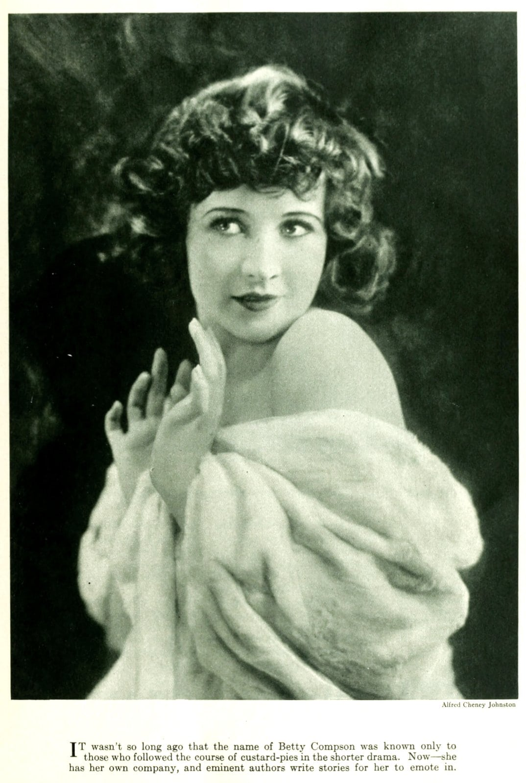 Old-fashioned 1920s womens hairstyles - actress Betty Compton