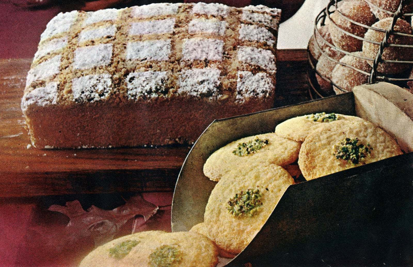 Old-fashioned bake sale recipes (1966) and vintage recipe cards