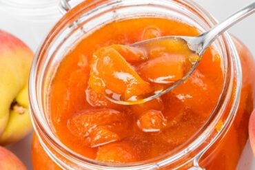 How to make old-fashioned spiced peaches in this vintage jam recipe