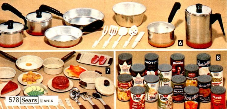 Old pots and pans - Kitchen toys from the eighties