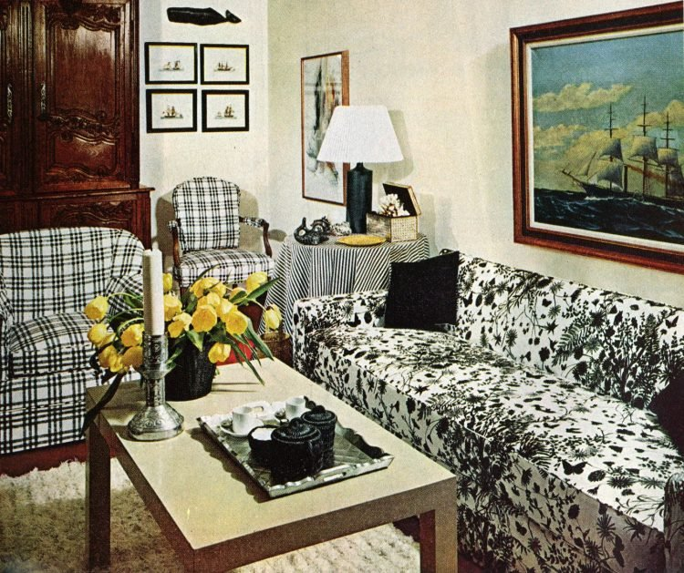 One room three different ways - Home decor from 1965 - August morning