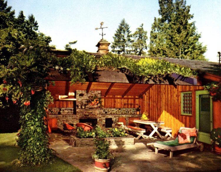 Open room garden outside - Vintage backyard inspiration from 1962