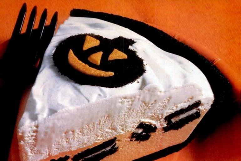Pumpkin Oreo pie for halloween
