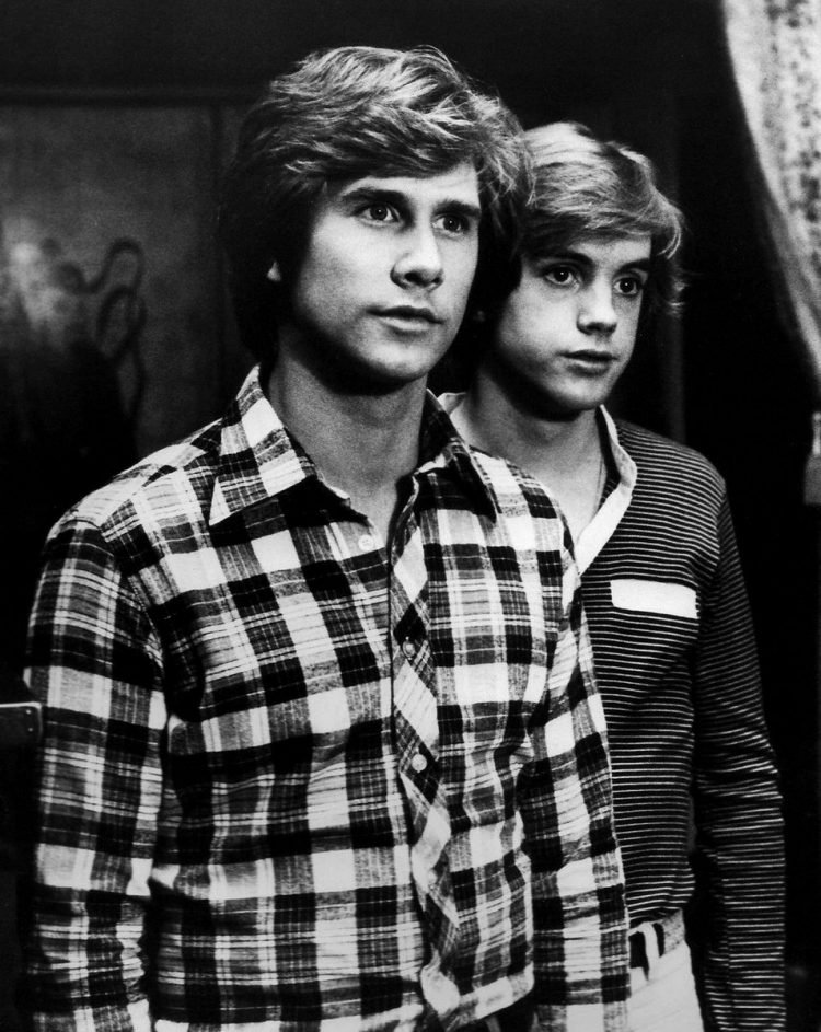 Parker Stevenson and Shaun Cassidy in Hardy Boys TV show 1970s