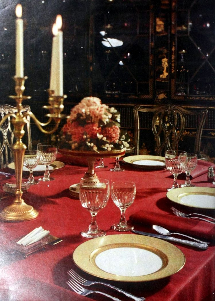 Party table decor from 1957 (2)