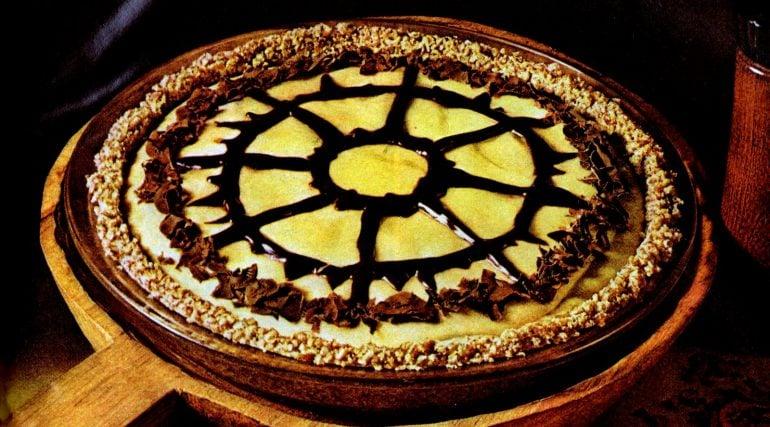 Peanut butter chiffon pie with pretzel crust (1972)