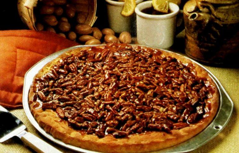 Pecan pizza coffee cake (1968)