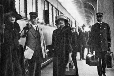 People at train station - 1920s