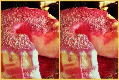 Peppermint marble angel cake vintage dessert recipe (1990)