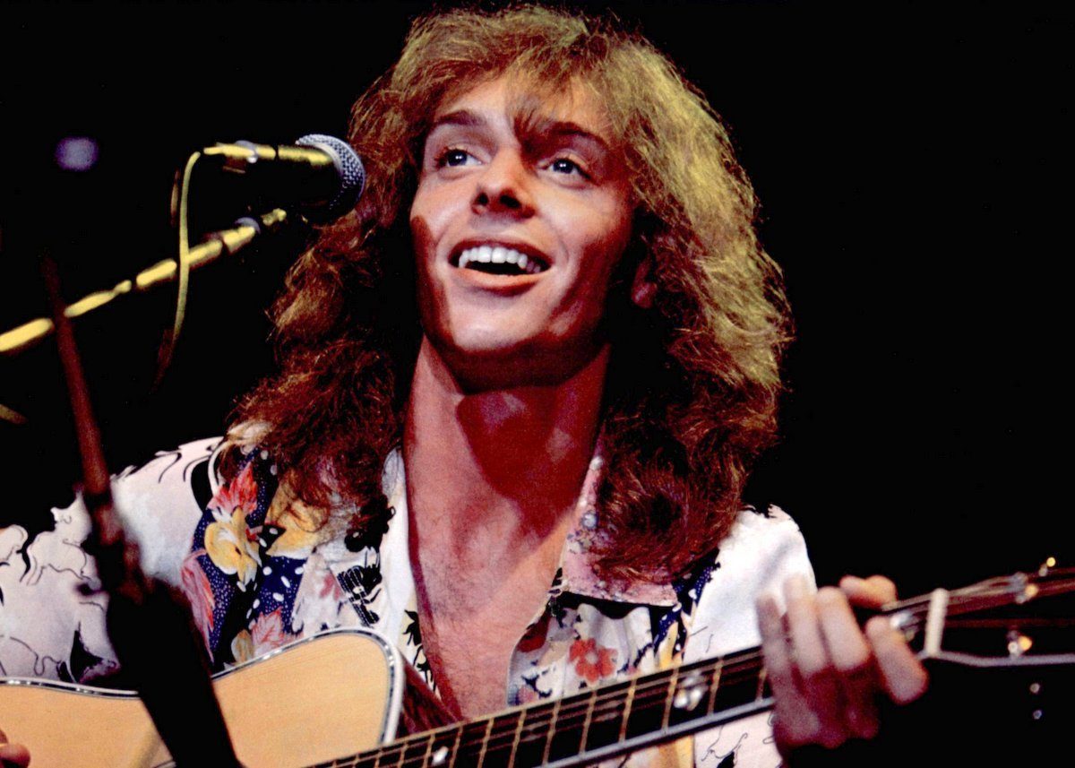 peter frampton tells how he finally found success with 39 frampton comes alive 39 1976 click. Black Bedroom Furniture Sets. Home Design Ideas