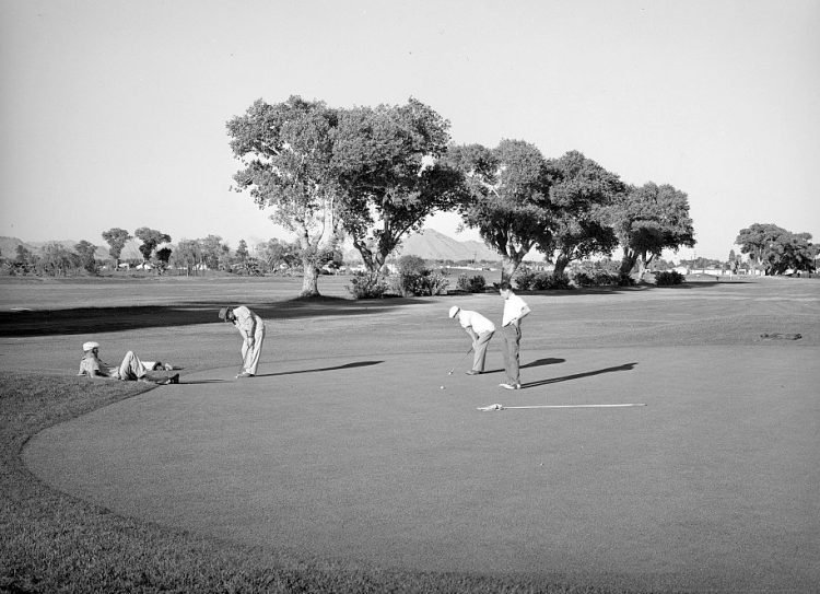 Phoenix golf course - May 1940