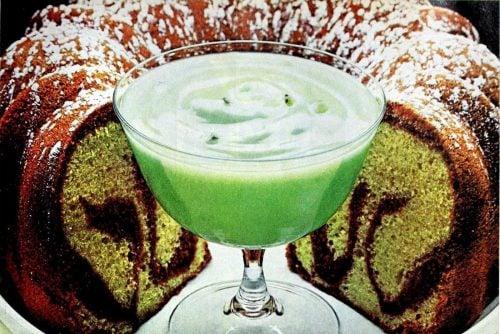 Pistachio marble cake (1977)