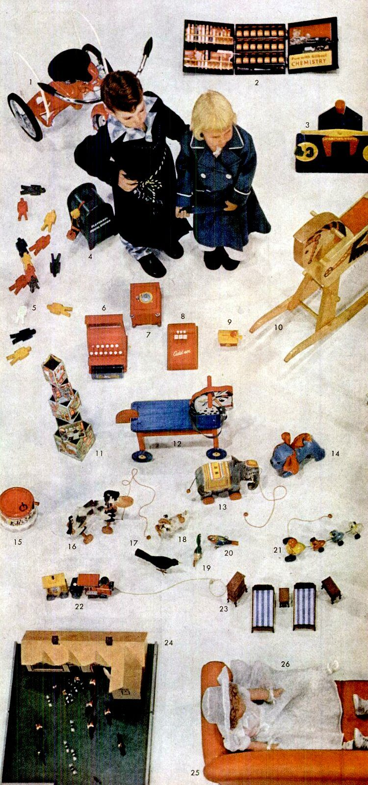 Play time! Check out some of the most popular toys from the '40s (2)